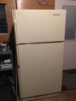 Kitchen aid refrigerator for Sale in Mount Prospect, IL