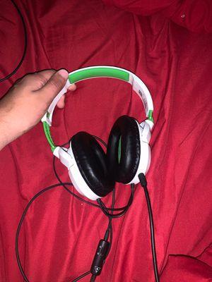 Xbox one turtle beach headset for Sale in El Mirage, AZ