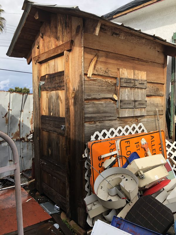 Super cool shed Nice and talk and well built
