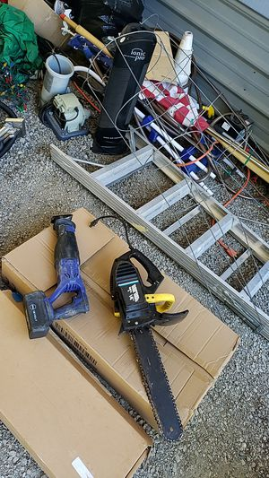 Free free chainsaw & sawzall 18v stuff must take all today only ladder for Sale in Auburn, WA
