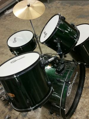 Like new drums set for Sale in Alexandria, VA