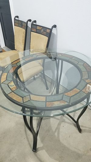 Dining Set: Table & 4 Chairs for Sale in Longmont, CO