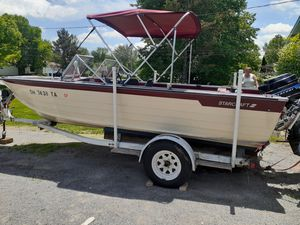18' Star Craft alum (Trade for pontoon boat) for Sale in Streetsboro, OH