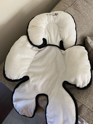 Support head and body pillow for car seat for Sale in McDonough, GA