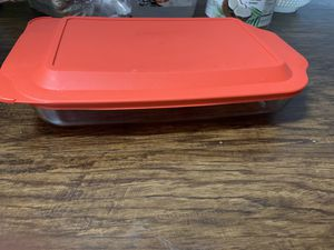 Brand new pyrex storage box for Sale in Tampa, FL