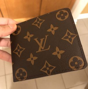 Men LV monogram wallet ! Excellent! Serious buyers only ! for Sale in Silver Spring, MD