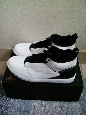 Nike Jordan Fadeaway White Size 10.5 for Sale in Oakland, CA