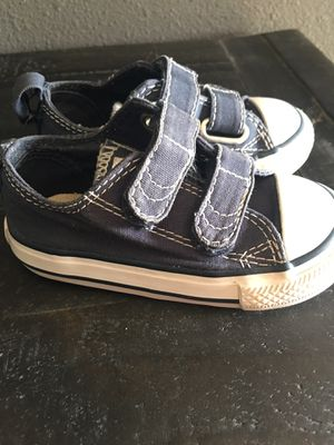 Navy blue toddler size 5 converse for Sale in Grand Terrace, CA