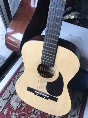 STUDENT GUITAR for Sale in Miami, FL