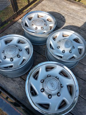 2001 F250 Ford stock rims and hubcaps for Sale in Tacoma, WA