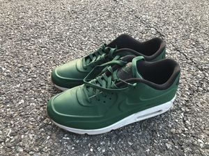 NIKE AIR MAX 90 VT QS - 9.5 for Sale in Bethesda, MD