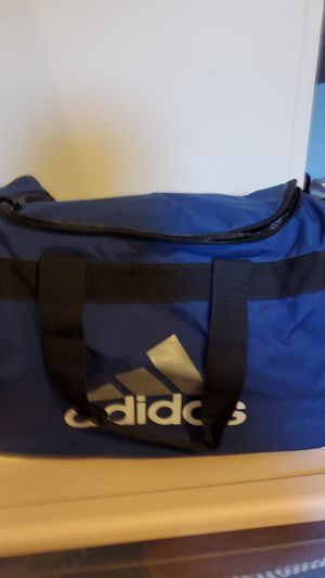 Addidas duffle bag for Sale in West Covina, CA