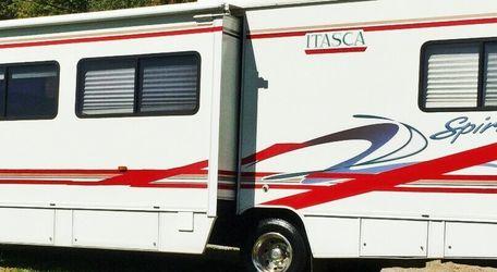 2003 Winnebago Itasca 29c for Sale in East Point,  GA