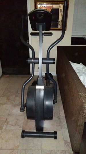 Treadmill $100 for Sale in Huntington Park, CA