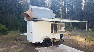Mini Camper for Sale in Dinuba, CA