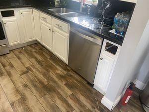 Kitchen cabinets for Sale in Pembroke Park, FL