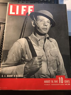 Life Magazine 1941 - Excellent Condition for Sale in Las Vegas, NV