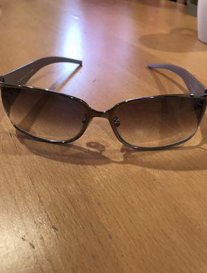 Brand new fendi sunglasses for Sale in Salinas, CA