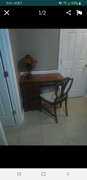 Small Desk and Chair for Sale in Nolensville, TN