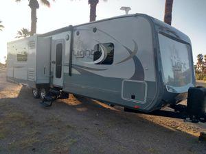 Highland Ridge Open Range 272RLS Light for Sale in SUPRSTITN Mountain, AZ
