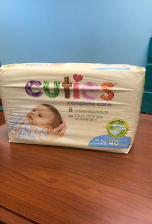 Diapers, Cuties size Newborn 40/bag for Sale in Libertyville, IL
