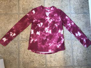 Girls Medium Top for Sale in Mt. Juliet, TN