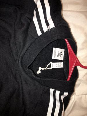 Adidas sweater women's size small for Sale in Indiana, PA