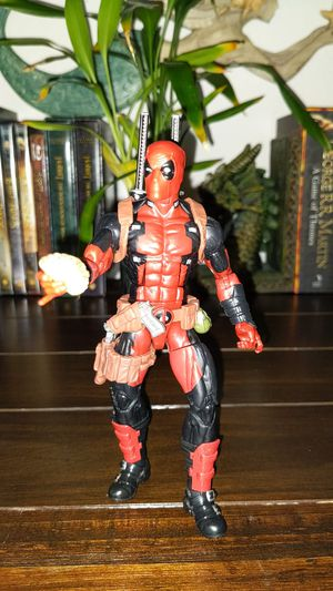 Deadpool Marvel Action Figure for Sale in Lake Elsinore, CA