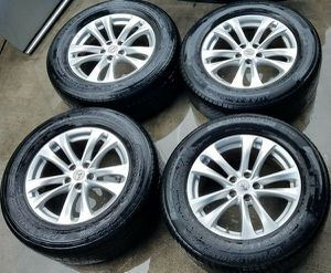 "WHEELS - INFINITI FX35 FX50 18"" SET OF OEM WHEELS WITH USED TIRES for Sale in Fort Lauderdale, FL"