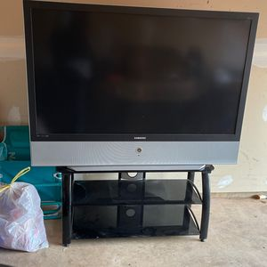 samsung TV and stand for Sale in Germantown, MD
