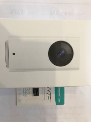 New Wyze Cam Pan with original 32G SD card with AI (person detection) plus smoke & CO detection built-in for Sale in Gilbert, AZ