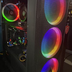 Selling Custom Pc for Sale in South San Francisco, CA