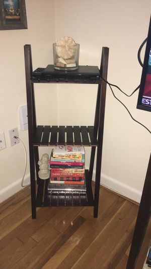 Small shelf for Sale in Bethesda, MD