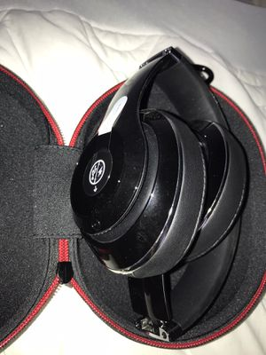 Beats studio headphones for Sale in San Antonio, TX