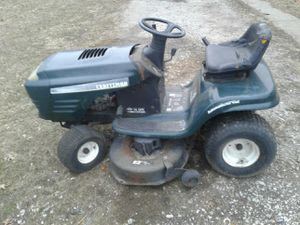 """Craftsman 16 hoc 42"""" cut riding mower for Sale in Madison, IL"""