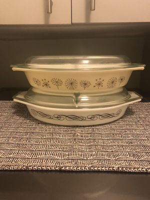 Vintage Pyrex divided dishes for Sale in Henderson, NV