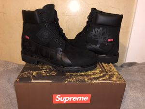 """Timberland 6"""" supreme (black) for Sale in Duluth, GA"""