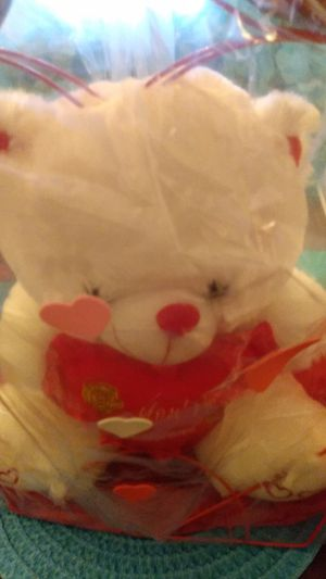 Valentine's day teddy bear for Sale in Hillcrest Heights, MD