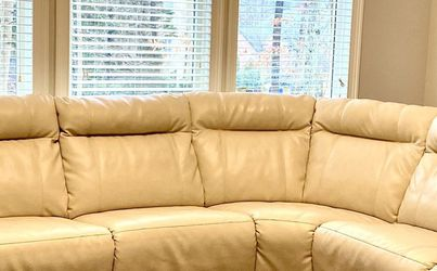 Like *New* Custom Made Leather Sectional, with Reclining Ends for Sale in Alpharetta,  GA