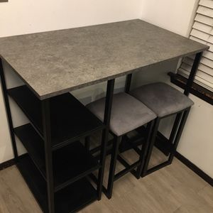Bar Height Dining Table With Stools Plus Microwave for Sale in Tacoma, WA