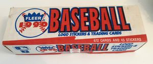 1990 BOX OF FLEER BASEBALL CARDS / 672 CARDS / 25 STICKERS / NEW CONDITION for Sale in Surprise, AZ