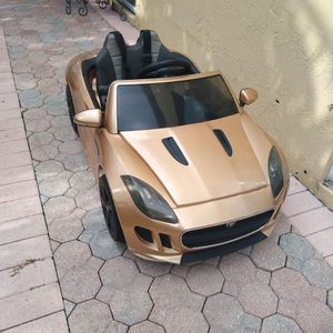 Jaguar Toddler Ride On Car/ RC for Sale in Hialeah, FL