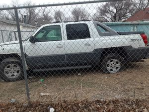 Chevy avalanche. PaRTs for Sale in Wichita, KS