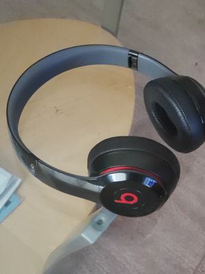Beats solo, beats power3, Fitbit Ionic, Fitbit Versa for Sale in Blaine, MN