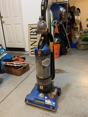 Hoover vacuum for Sale in Jurupa Valley, CA