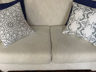 Lightly Used Couch Set for Sale in Baltimore,  MD