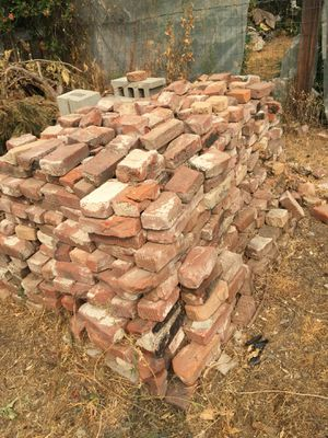 Free bricks for Sale in Chelan, WA