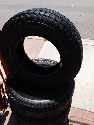 Set 235/70/16 Goodyear FORTERA 90% life for $320 Includes installation and balance for Sale in Santa Fe Springs, CA