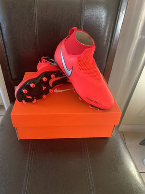 NEW NIKE SOCCER CLEATS for Sale in Vernon, CA