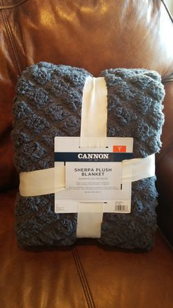 Cannon Twin Sherpa Blanket - Gray for Sale in Mission Viejo,  CA